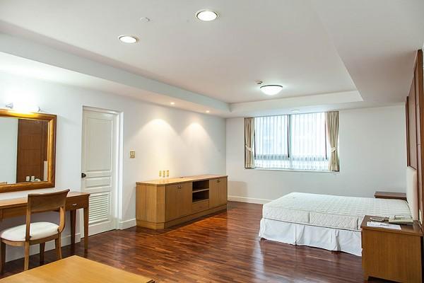 rooms-002C0B434DC-0382-2EBC-29AE-663EDB4A3D51.jpg